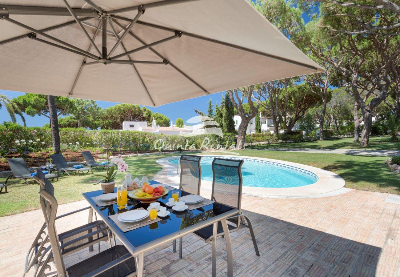 Villa in Vale do Lobo - Villa Pine VDL 350